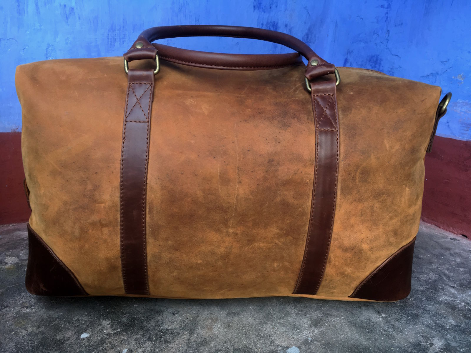 Hoi An Real Leather - Da Bao Real Leather Hoi An: Big Leather Duffel Bag