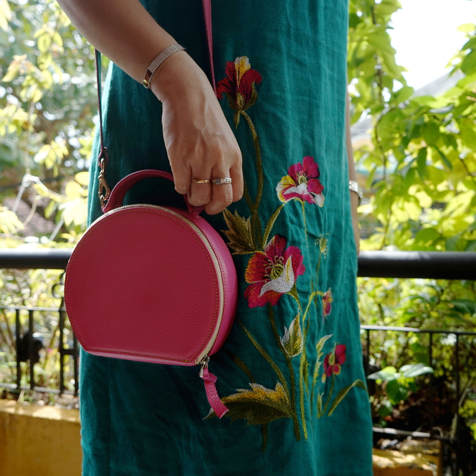 Hoi An Real Leather - Da Bao Real Leather: Leather bags - Pink fun drum bag